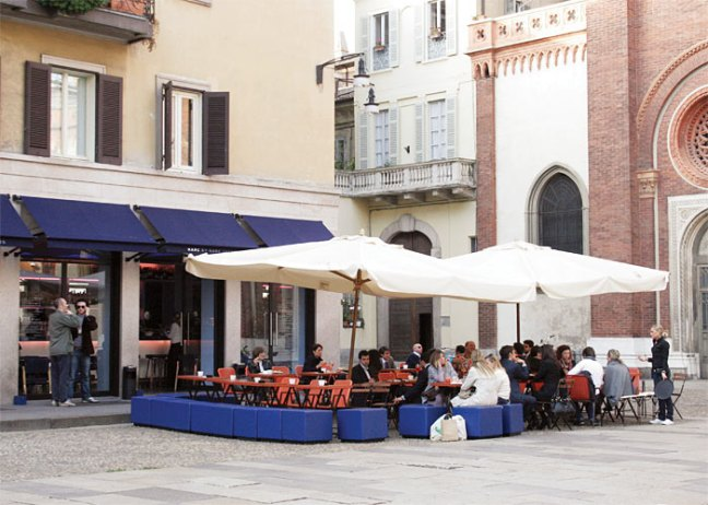 feste-a-milano-marc-jacobs-cafe-milano123456