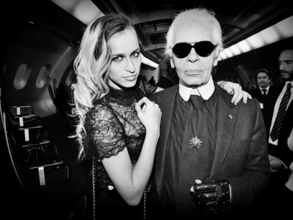 Karl Lagerfeld y Alice Dellal